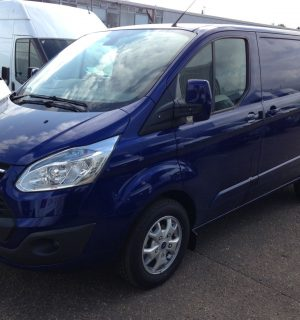 Ford Transit Custom Reverse Camera Package